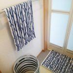 北欧風のタオルとバスマットで洗面所をおしゃれに【scope】