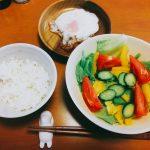 【ミニマリストの食事】朝だけじゃなく昼もシンプルなルーティンメニューにしてみたら
